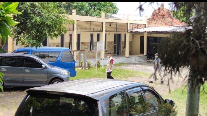 Penyidik KPK Geledah Kantor DPUPR Kabupaten Probolinggo, Satu Ruangan Disegel