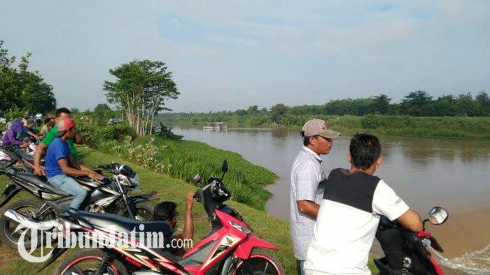 Operator dan 3 Penumpang Jadi Korban Perahu Tenggelam di Sungai Brantas Jombang: Belum Ditemukan