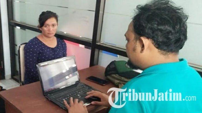 Emak Madura Tak Berkutik Saat Polisi Geledah Mobilnya di Tepi Jalan, Pergoki Bawa 100 Ribu di Dompet