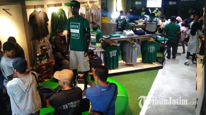 Jersey Persebaya Surabaya Musim 2021-2022 Laris Manis hanya dalam Waktu Kurang dari Satu Jam