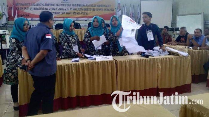 KPU Surabaya Lakukan Penghitungan Suara Ulang di 3 TPS, Diawasi Langsung Ketua KPU RI Arief Budiman