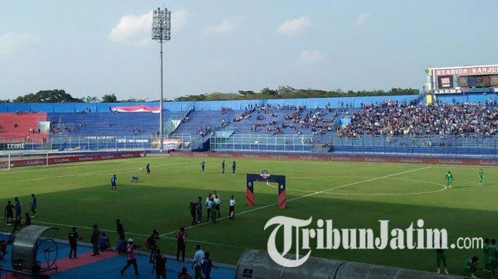 TERPOPULER BOLA: Home Base Arema FC Direvonasi di 2020 hingga Skuat Persebaya Surabaya Komplet