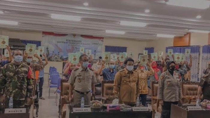 Sebanyak 19.188 Sertifikat Program PTSL Diserahkan Kepada Masyarakat di Kabupaten Nganjuk