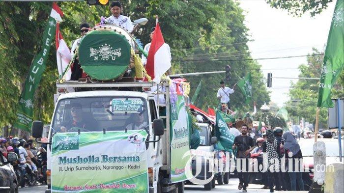 Parade Beduk dan Pawai Taaruf Semarakkan Hari Santri Nasional di Kota Kediri