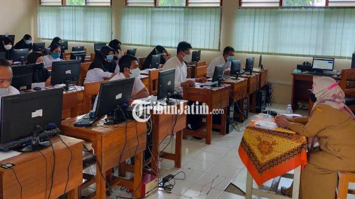Pantau Ujian Kompetensi P3K Guru, Wali Kota Blitar Imbau Peserta Disiplin Prokes