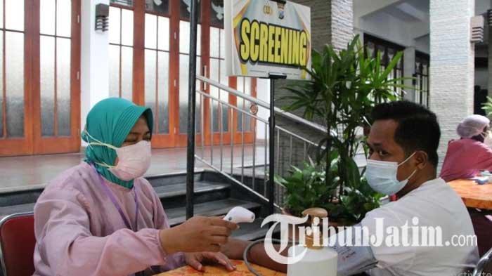 Polresta Malang Kota Gelar Serbuan Vaksin Covid-19 bagi Jemaat dan Warga Sekitar Gereja