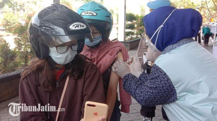 Gadis Kota Malang yang Sempat Gagal Vaksinasi karena NIK Dipakai Orang Lain Akhirnya Disuntik Vaksin