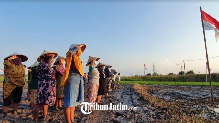 Petani Wanita Gelar Upacara Kemederkaan Jadi Simbol Indonesia Tangguh dan Indonesia Tumbuh