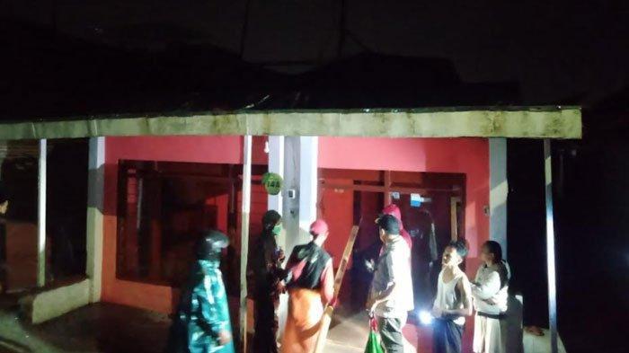 Hujan Disertai Angin Kencang di Kota Batu Akibatkan Plengsengan Ambrol hingga Atap Rumah Jebol