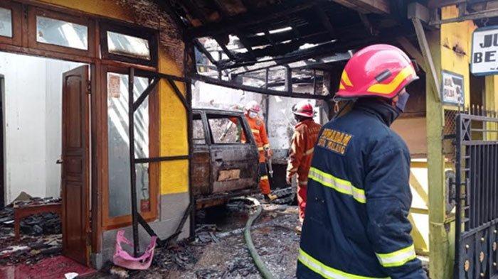 Isi Bensin Eceran Dekat Kompor, Rumah dan Mobil di Kedungkandang Kota Malang Hangus Terbakar