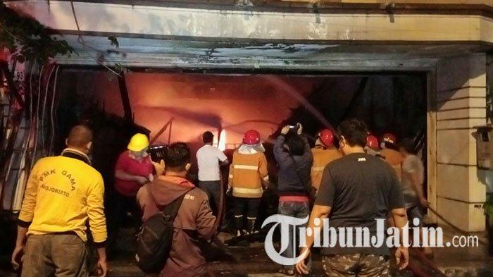 Si Jago Merah Mengamuk, Toko Baju di Mojokerto Ludes: Kerugian Ditaksir Capai Ratusan Juta Rupiah
