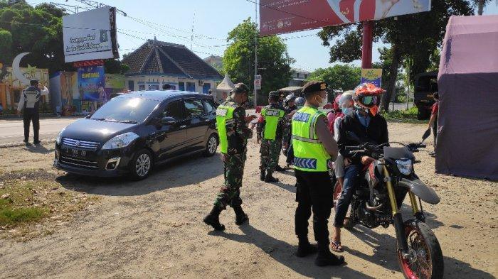 6 Jam, 25 Kendaraan Dipaksa Putar Balik di Perbatasan Jatim-Jateng