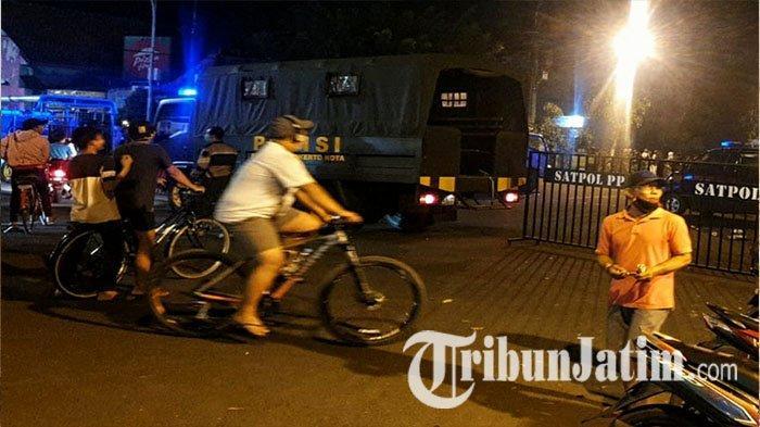 Gugus Tugas Covid-19 Tanggapi soal Banyaknya Masyarakat yang Berkerumun di Alun-alun Kota Mojokerto