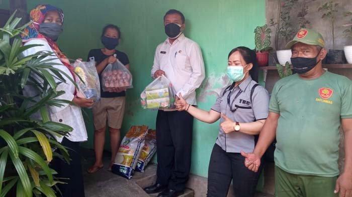 70 Paket Sembako dan Masker Dibagikan pada Warga Kota Kediri yang Jalani Isolasi Mandiri