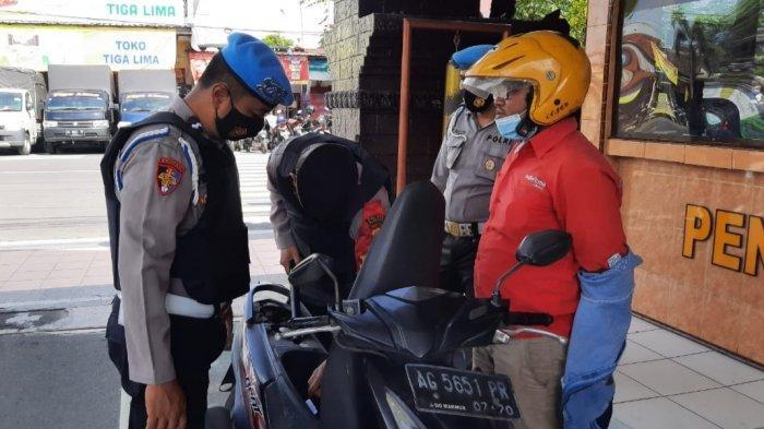 Polres Blitar Kota Pertebal Penjagaan Pasca Serangan Teroris di Mabes Polri