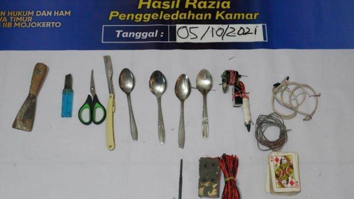 Razia di Lapas Klas-IIB Mojokerto, Petugas Temukan Sejumlah Barang Terlarang Milik Narapidana