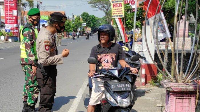 Pakai Masker di Dagu, 13 Pelanggar di Kota Blitar Dapat Sanksi Tipiring