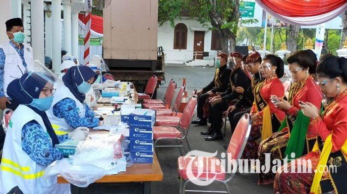 Upacara HUT Jawa Timur ke-75 Terapkan Protokol Kesehatan Ketat, Peserta Wajib Rapid Test Covid-19