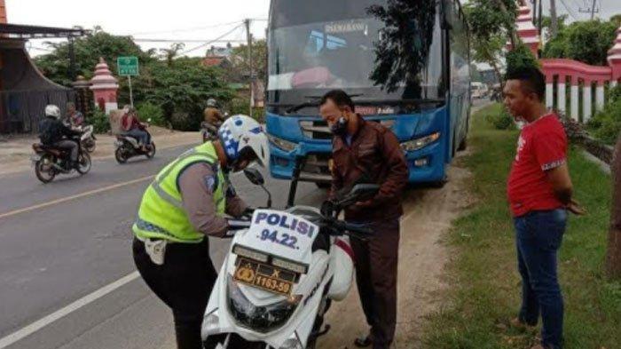 Ugal-ugalan Saat Melaju di Jalur Pantura Tuban, Enam Kendaraan Ditilang Polisi