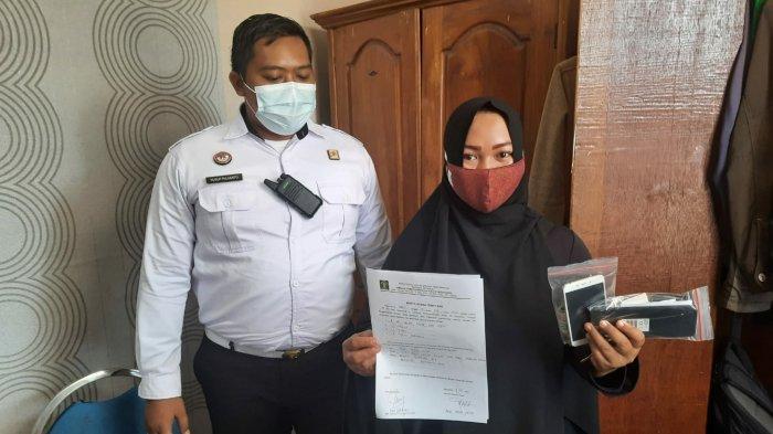Ibu RT Selundupkan Barang Terlarang Untuk Suaminya WBP di Lapas Mojokerto