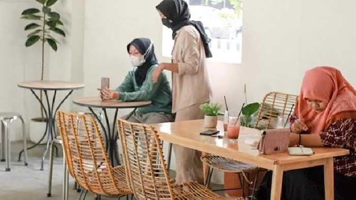 Nongkrong Instagramable dengan Nuansa Thailand Coffee Shop di Pico Kopi Kediri
