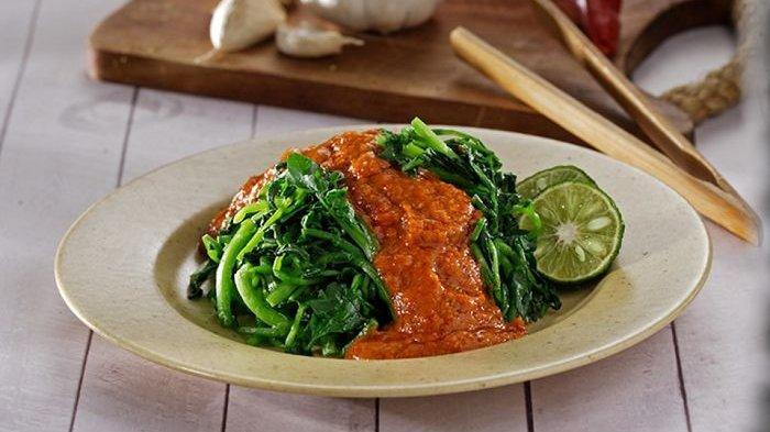 Cara Membuat Plecing Daun Selada Air, Masakan Sederhana Nikmat Bikin Nagih, Catat Resepnya!