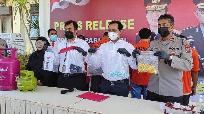 Polisi Cokok Empat Tersangka Pengoplos Lpg 3 Kilogram di Pasuruan