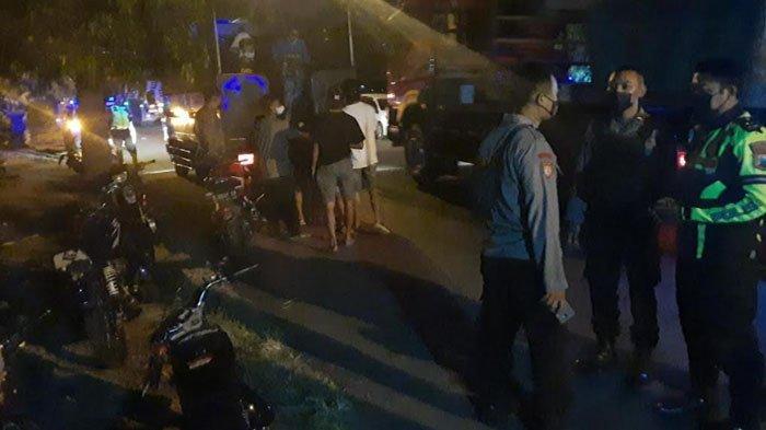 Panik, Penonton Balap Liar di Tuban Kocar-Kacir saat Polisi Datang, Belasan Motor Diamankan