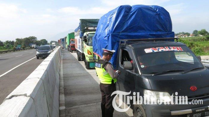 Awas! Polisi Bakal Rutin Gelar Razia Angkutan Barang 'Obesitas' di Jalan Tol wilayah Jatim