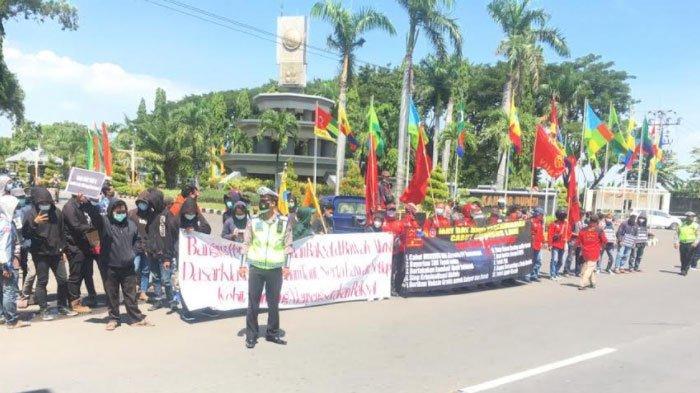 174 Polisi Diterjunkan Pengamanan Aksi Buruh di Gresik, Ada 7 Titik Penjagaan