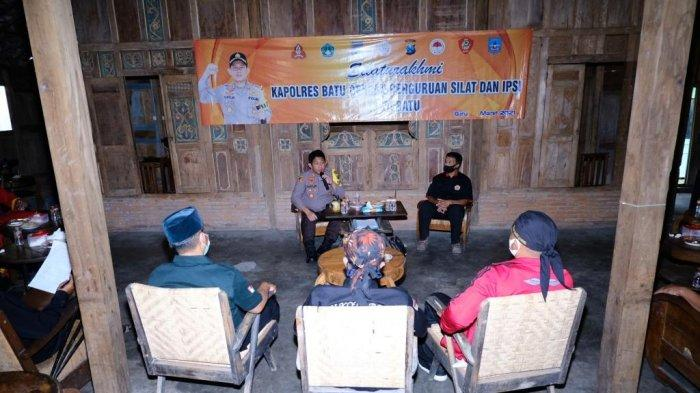 Silaturahmi dengan IPSI dan Perguruan Pencak Silat, Kapolres Batu Ingatkan Jaga Kondusifitas Daerah
