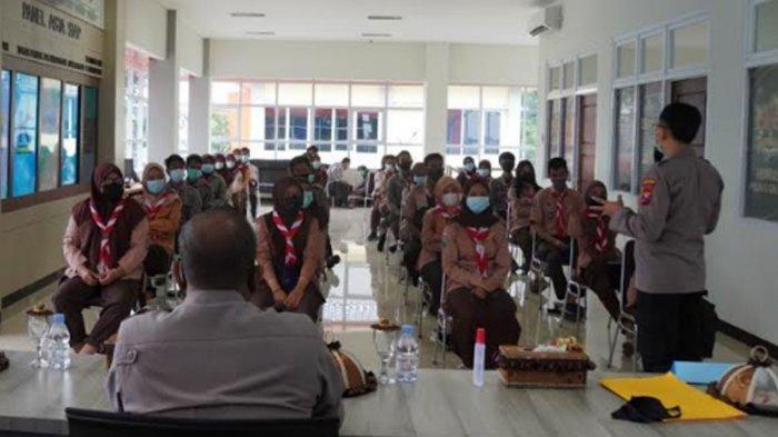 Jelang Masuk Sekolah, Kapolres Gresik Minta Pramuka Saka Bhayangkara Jadi Role Model Disiplin Prokes