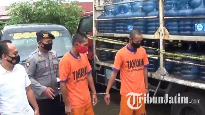 Palsukan Air Minum Kemasan Galon Merek Terkenal, 2 Warga Ngawi Terancam Penjara 6 Tahun