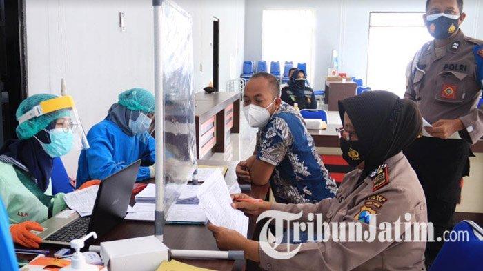 Empat Anggota Polisi di Tuban Lolos Donor Plasma Konvalesen, Dapat Penghargaan dari Kapolres