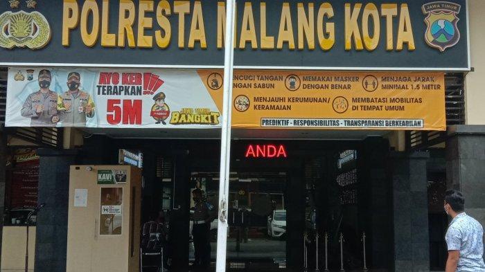 Kota Malang Diguncang Gempa, Anggota Polisi Keluar Menyelamatkan Diri Dari Mapolresta Malang Kota