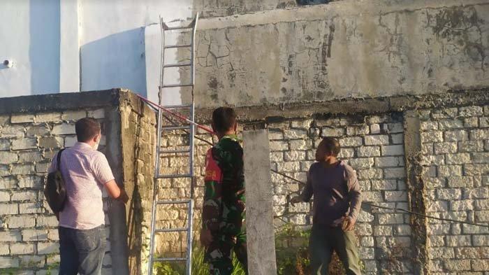 Bermula dari Ngecat Tembok, Pria di Tuban Tewas Tersetrum Listrik Hingga Terpental ke Kolam