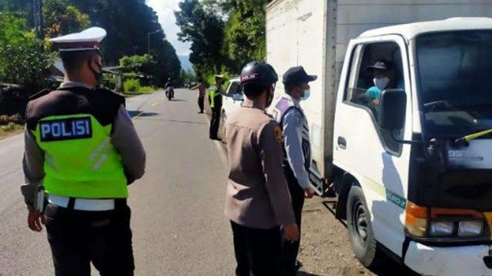 Pos Penyekatan Garahan Kecamatan Silo Dijaga Ketat, Jalur Jember-Banyuwangi Sepi Pemudik