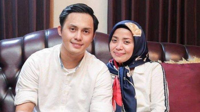 Potret Muzdalifah dan suaminya, Fadel Islami.
