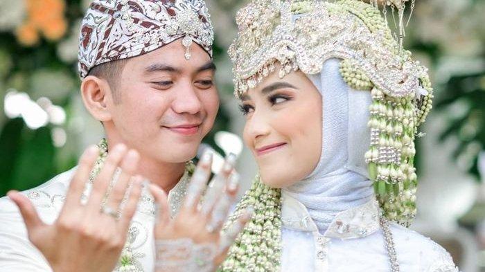 Potret Rizki DA dan Nadya Mustika Rahayu saat menikah dan belum ada talak.