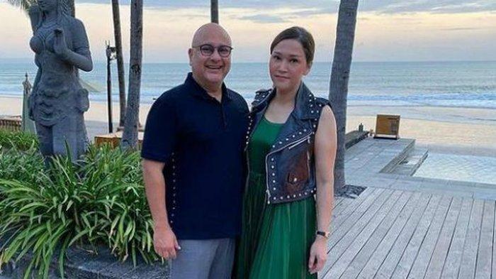Jadi Istri Konglomerat, Maia Dilayani Bak Ratu, Pakai Sandal Dibantu Pramugari Pesawat Pribadi
