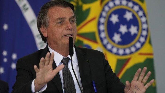 Presiden Brasil Mencak-mencak Lantaran Dilarang Nonton Sepak Bola Karena Belum Divaksin