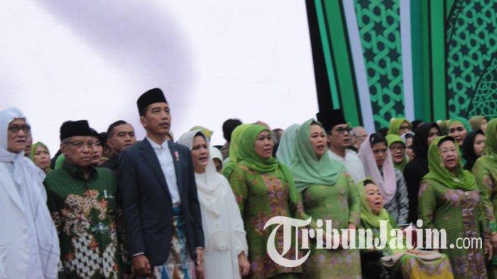 Datangi Harlah Muslimat, Jokowi Disambut Salawat dari Tompi & Haddad Alwi, Serta Teriakan 2 Periode