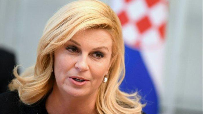 Timnasnya Melaju ke Semifinal Piala Dunia 2018, Kehadiran Presiden Kroasia Bikin Gagal Fokus