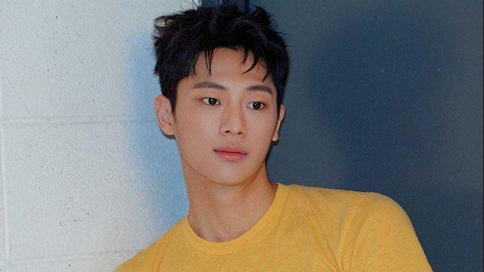 Profil-Biodata Lee Shin Young, Pemeran Tentara Park Kwang Beom di Drama Korea 'Crash Landing on You'