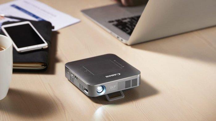 Proyektor Nirkabel Mini Canon MP250, Meski Kecil Tapi Bisa Tampilkan Gambar Sebesar 93 Inci