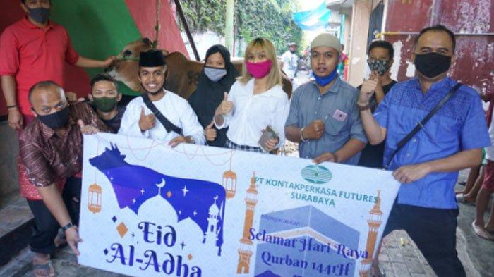 KPF Surabaya Salurkan Sapi Kurban untuk Warga Terdampak Covid-19: Idul Adha Ajarkan Sikap Ikhlas