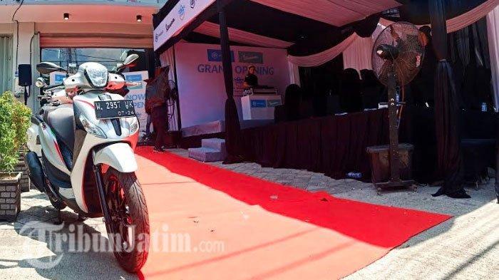 PT Piaggio Indonesia & PT Smart Mulia Abadi Resmi Buka Dealer Vespa di Surabaya Timur