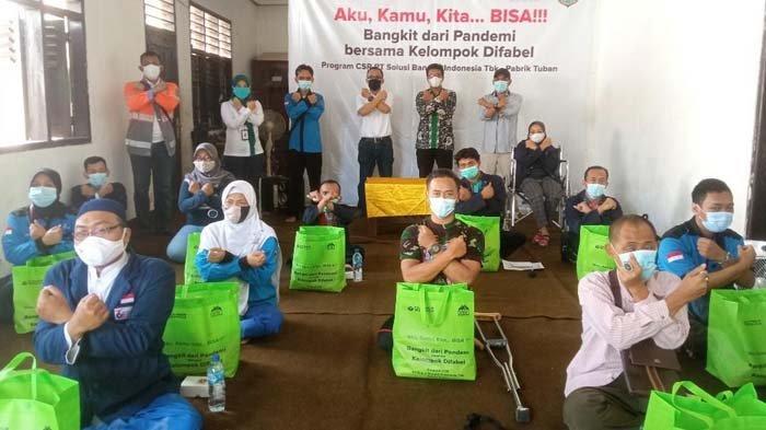Peduli Kelompok Difabel di Tuban Saat Pandemi Covid-19, SBI Bagikan Sembako dan Vitamin