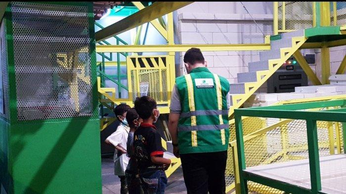 Asyiknya Puluhan Anak Panti Asuhan Jajal Establishment Permainan Citicon di KidZania Surabaya