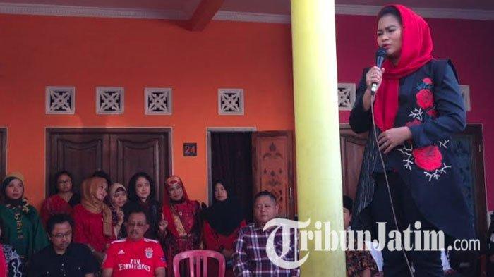 Bambang DH: PDIP Dapat 3 Kursi di DPR RI Dapil Jatim I, Puti Guntur Diprediksi Dapat Suara Melejit
